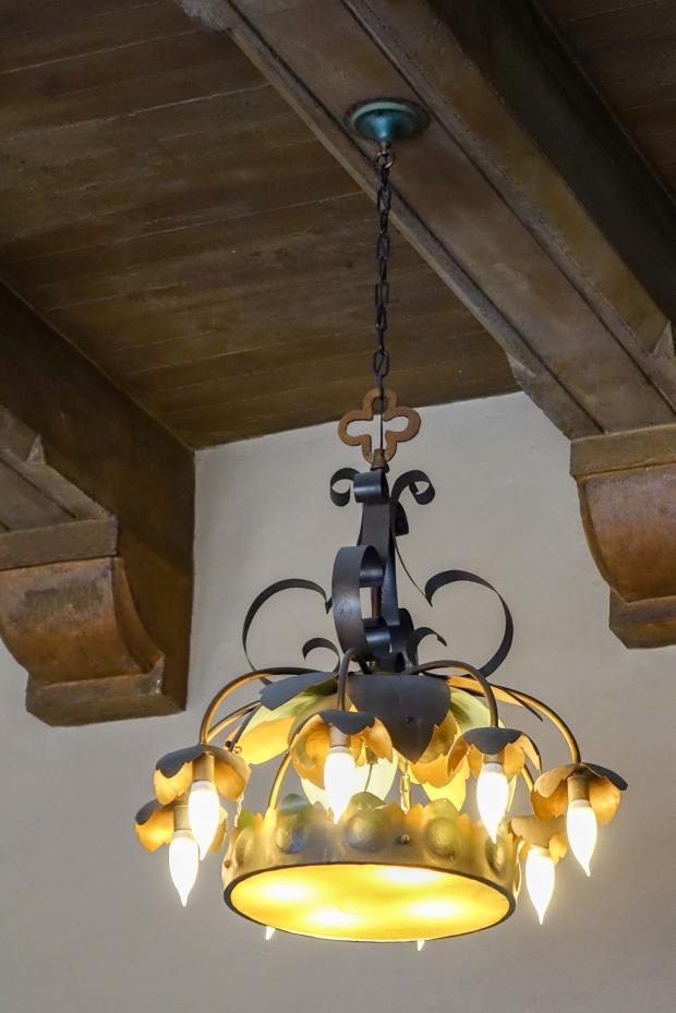 Drawing Room chandelier.jpg